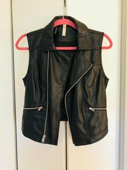 Cool leather waistcoat for women, great quality, very fashio