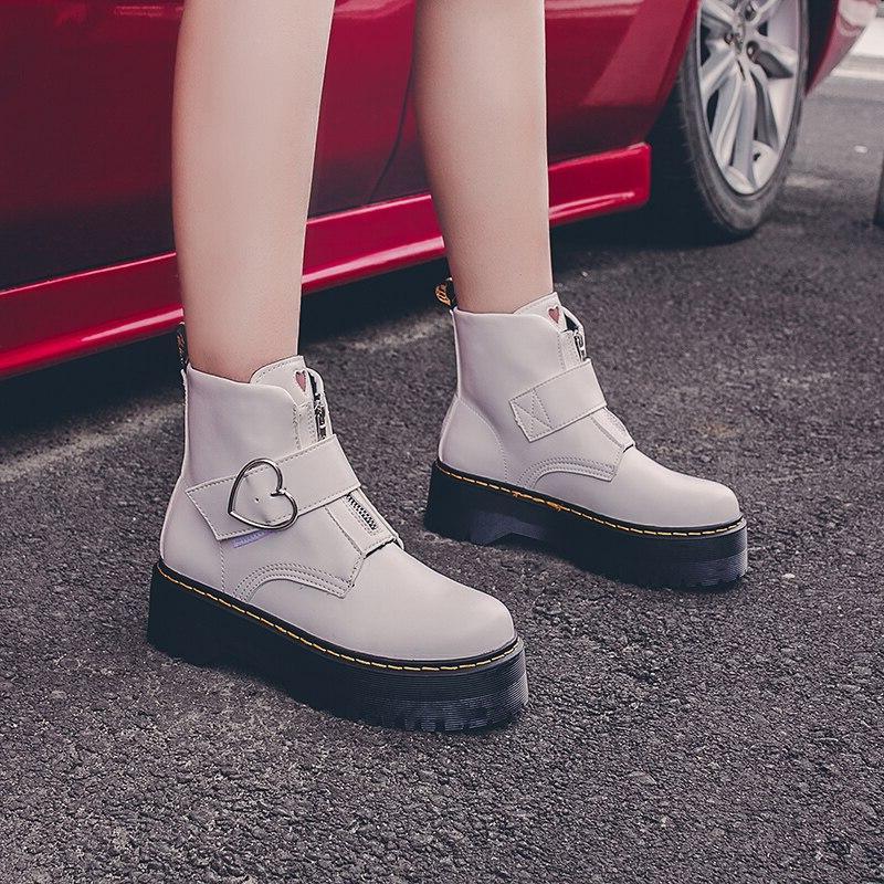 Black 2019 Autumn <font><b>Boots</b></font> Heart Round Toe Platform P092